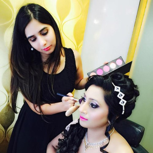 professional makeup courses in Shalimar Bagh
